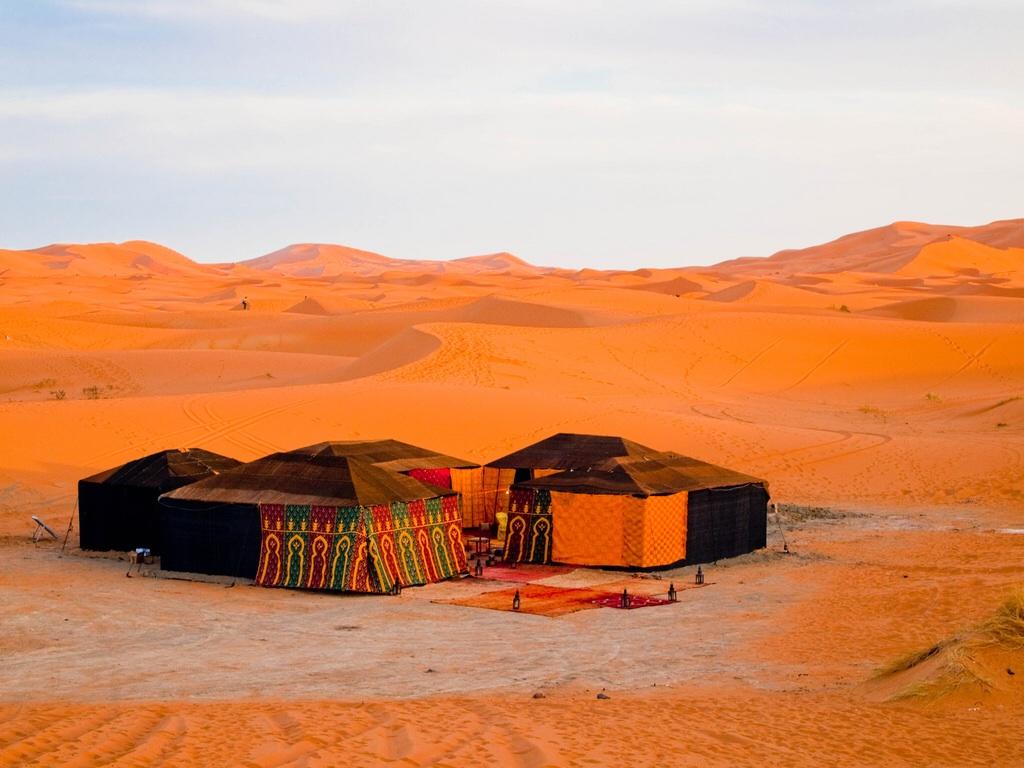 Desert Series: Camping | Annemarie in Arabia